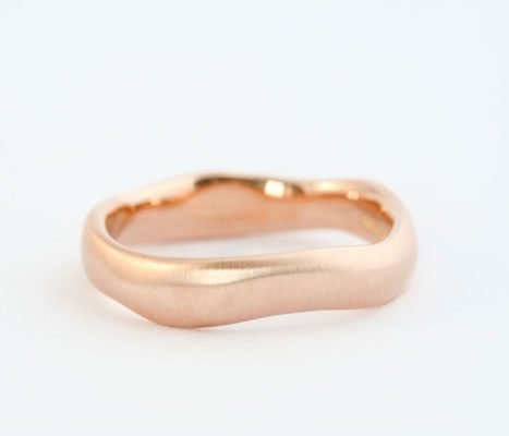 Organic Shaped Red Gold Band