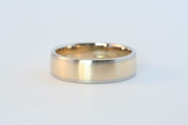 Smooth Two-Tone Band